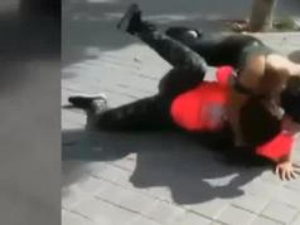Detenidas dos menores por agredir a una excompañera de instituto de 14 años