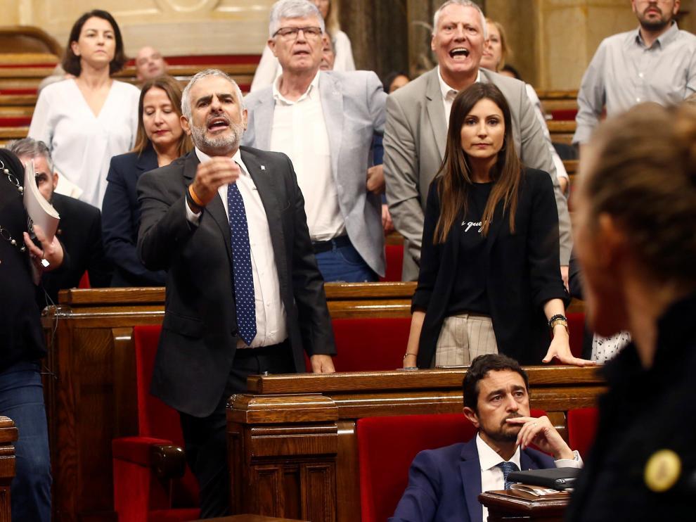 Momento de tensión en el Parlament