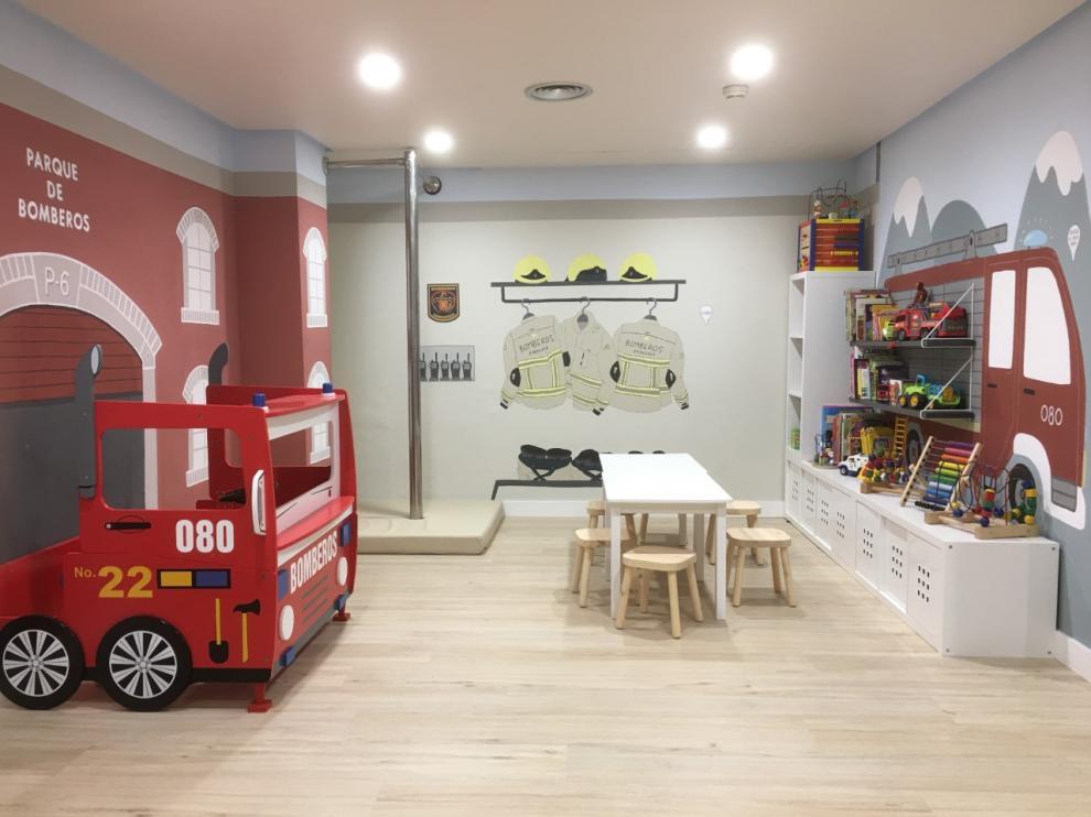 La decoradora Eva Monge ha diseñado la nueva sala de Oncopediatría y Neuropediatría del Infantil.