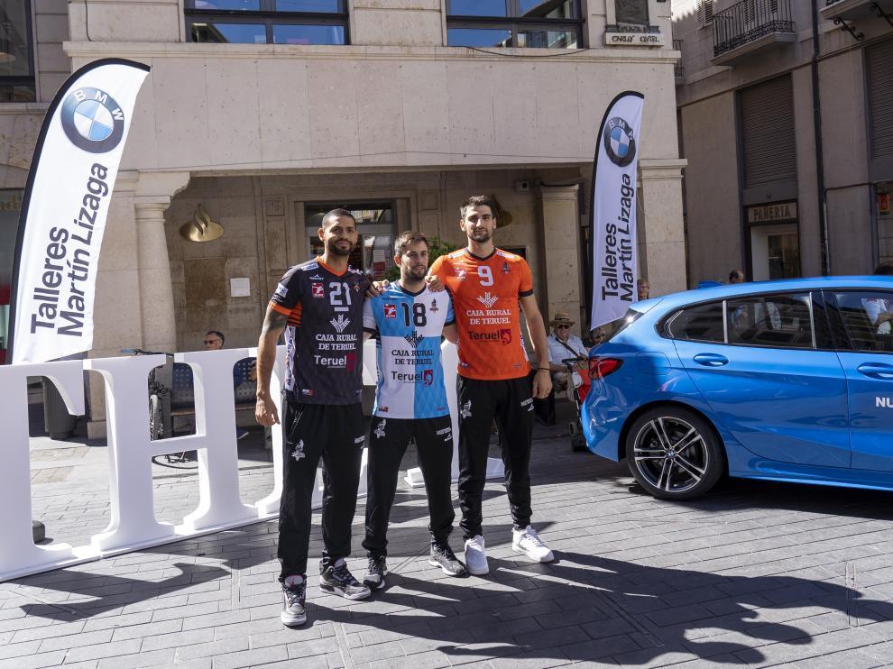 Presentacion de las nuevas camisetas para la temporada 19/20 del club Voleibol Teruel. foto ntonio Garcia/bykofoto. 26/09/19 [[[FOTOGRAFOS]]]