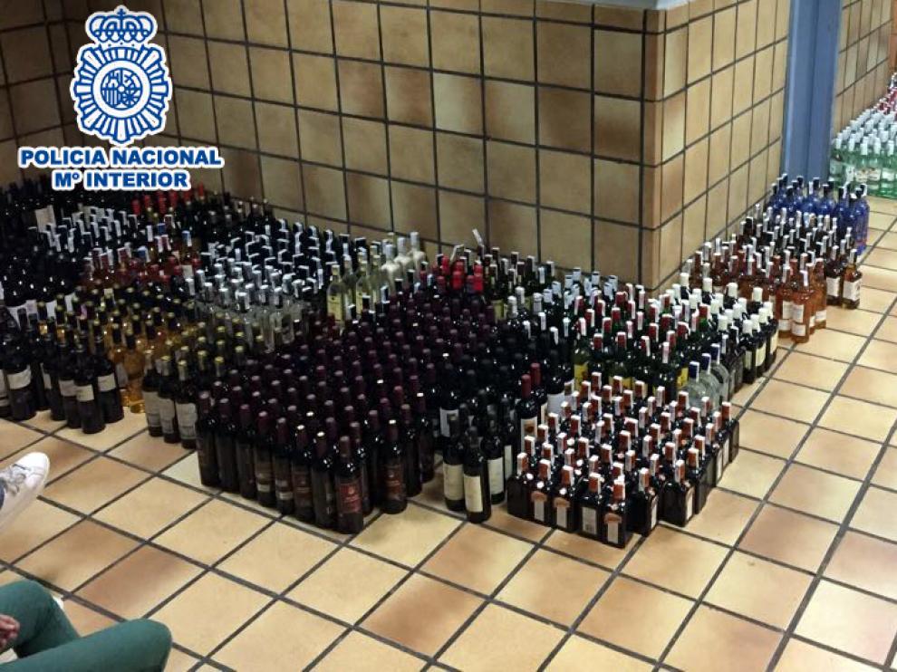 El alijo de 2.061 botellas fue depositado en los calabozos de la Jefatura Superior de Aragón, que se utilizan como almacén.