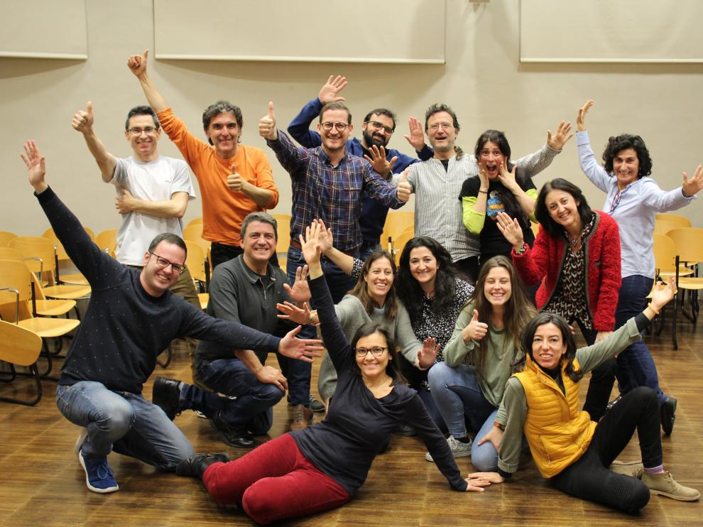 Participantes del cuarto taller de monólogos científicos, impartido por Encarni Corrales.