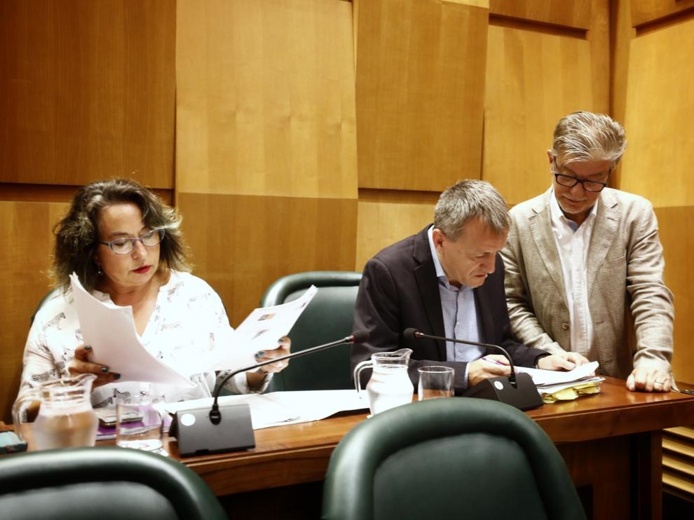 Unanimidad en el Ayuntamiento de Zaragoza para exigir la deuda del tranvía