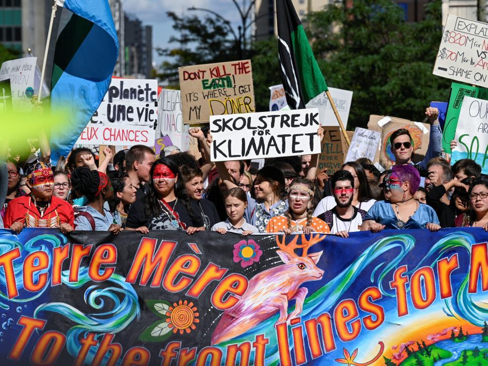 Greta Thunberg encabeza la marcha contra el cambio climático celebrada en Montreal con asistencia de 500.000 personas.