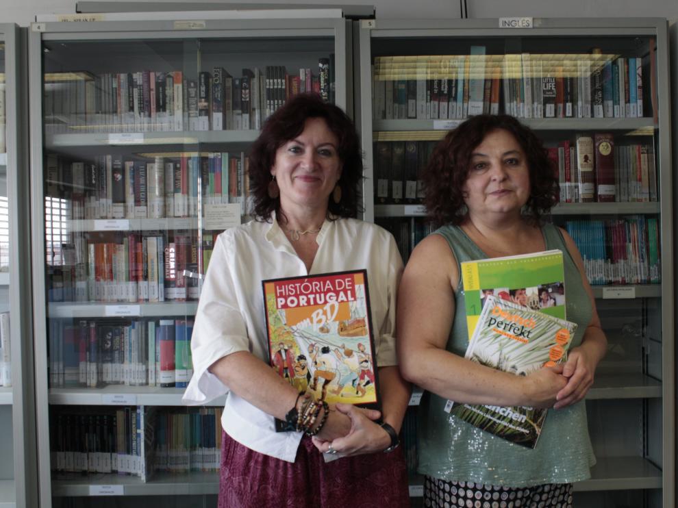 Julia Jiménez, directora del Cnetro Universitario de Lenguas Modernas de Zaragoza, y Lourdes Eced, profesora de portugués.
