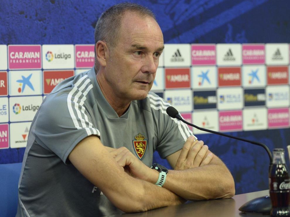 Víctor Fernández, en la rueda de prensa en la Ciudad Deportiva.