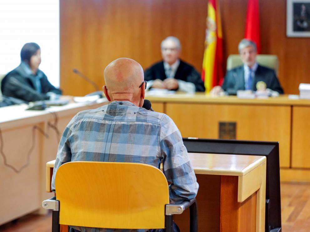 Pedro Luis Gallego, el violador del ascensor, durante el juicio