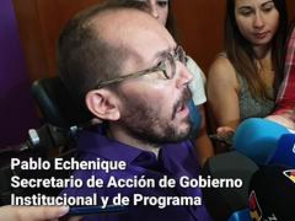 Declaraciones de Pablo Echenique, secretario de Acción de Gobierno de Podemos y cabeza de lista por Zaragoza al Congreso, antes del encuentro ciudadano en el Centro Cívico Almozara