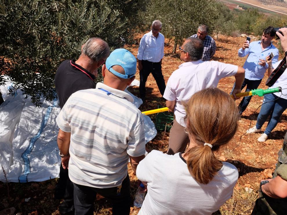 Cooperativistas libaneses durante una explicación en uno de los módulos formativos.