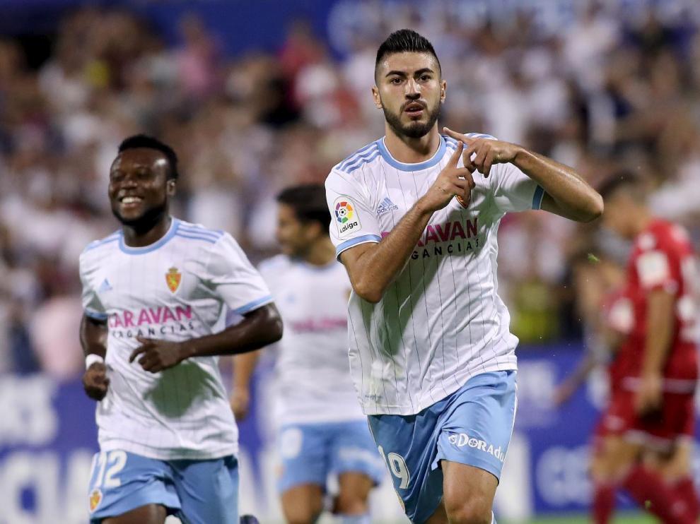 Papunashvili, con Igbekeme y Ros detrás, celebra un gol marcado en septiembre del año pasado al Deportivo de La Coruña, en la 2ª ronda de Copa en la que el Real Zaragoza eliminó a los gallegos (2-1).