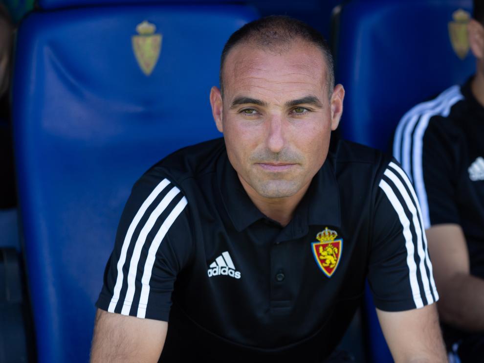 Iván Martínez, entrenador del Real Zaragoza juveni, que ha ganado al Korona Kielce en el partido de ida de la Youth League Champions