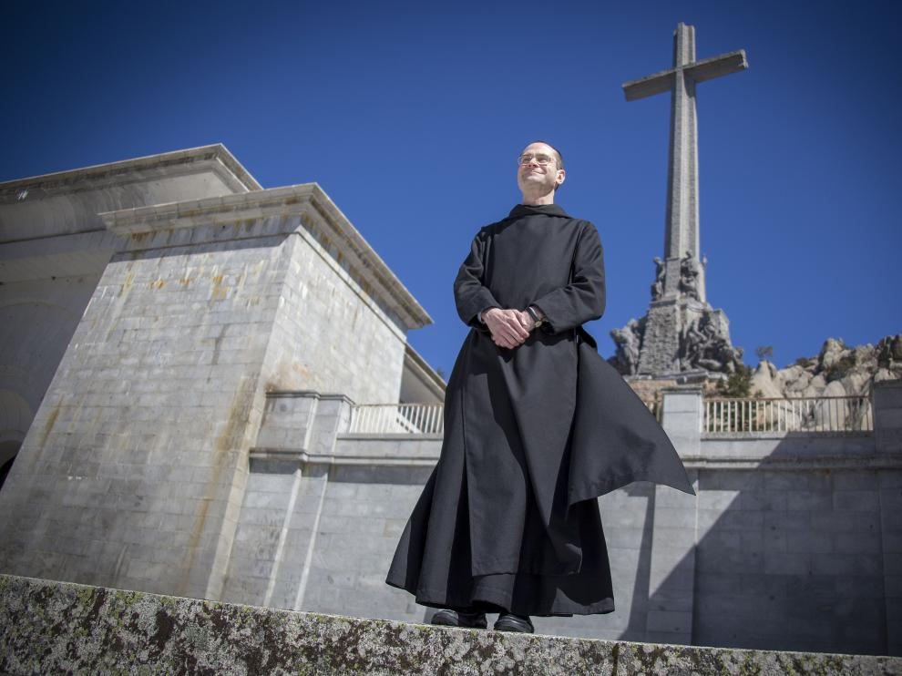 ¡¡¡ SAQUEMOS A FRANCO DE LA FOSA !!!! - Página 10 Santiago-cantera-montenegro-prior-administrador-y-abad-provisional-de-la-abadia-del-la-santa-cruz-del-valle-de-los-caidos