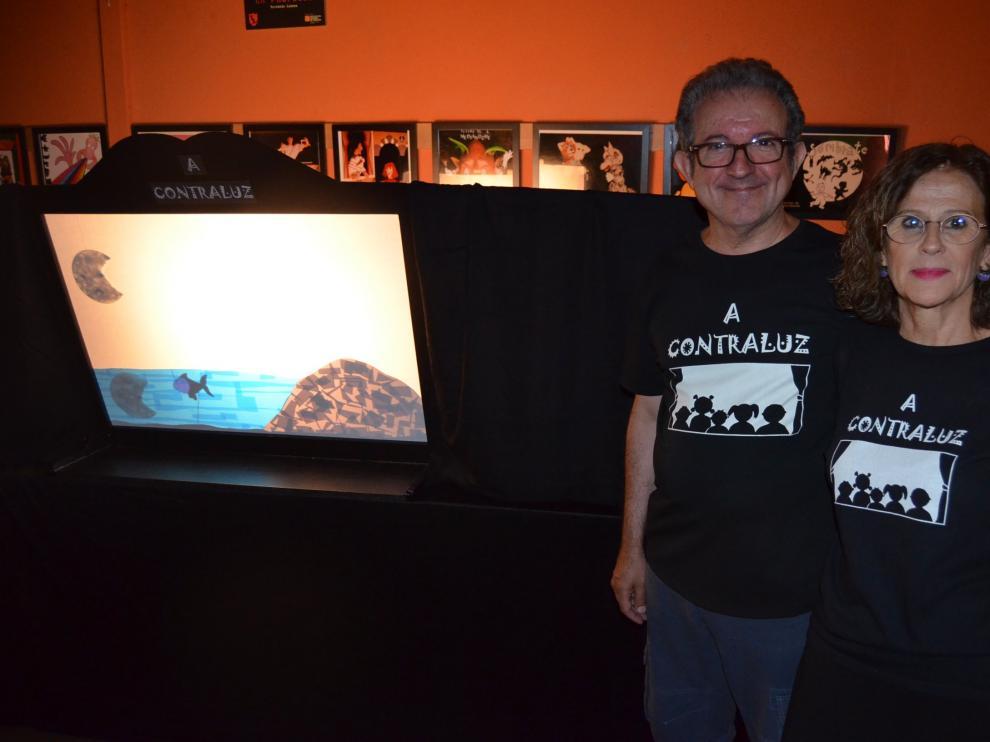 A Contraluz lleva su teatro de sombras a Cofita este viernes