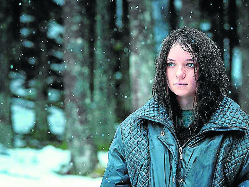 Esmé Creed-Miles regresa para la segunda temporada en el papel principal de Hanna. amazon