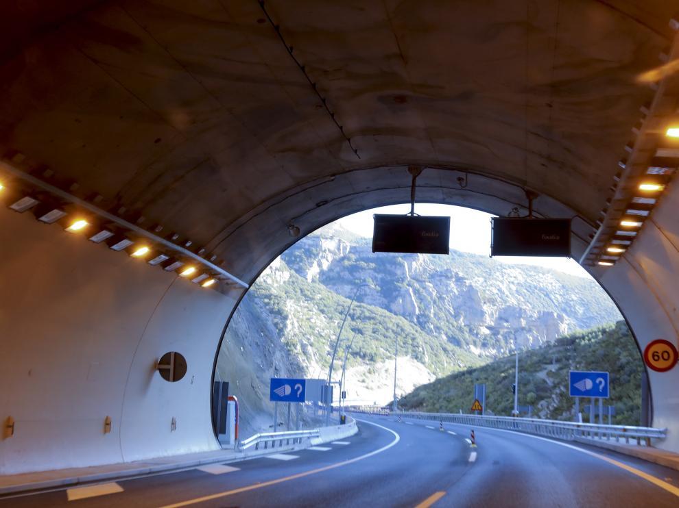 Túnel de Arguis del nuevo tramo de autovía.