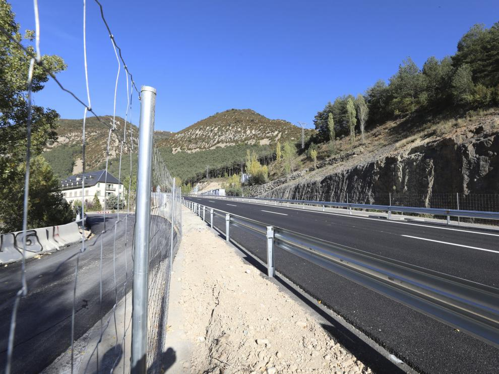 Hoy quedará abierto el tramo de la A-23 de Arguis tras finalizar la adaptación de los viaductos de la vieja N-330.