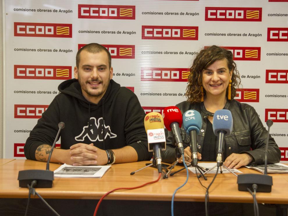 Elena Pérez y Luis Quintana durante la presentación del Informe esta mañana
