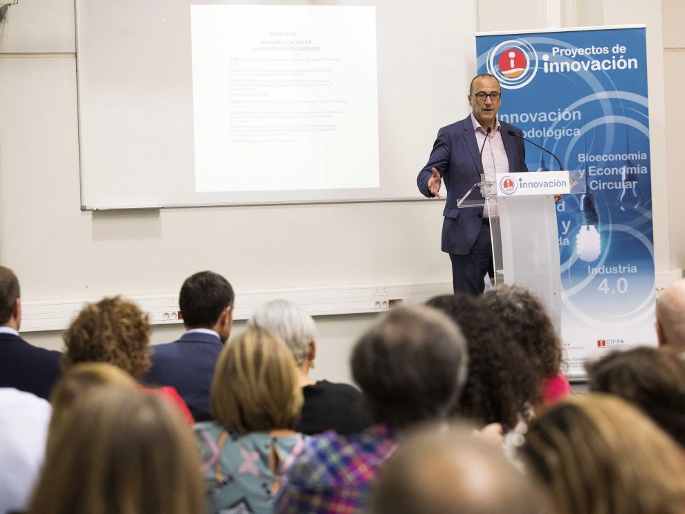 Felipe Faci, este martes, en su intervención en la jornada sobre la innovación en FP celebrada en Zaragoza.