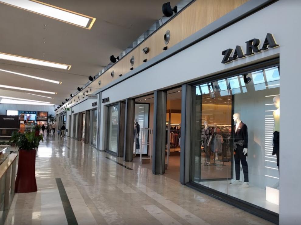 Tienda Zara en intu Puerto Venecia