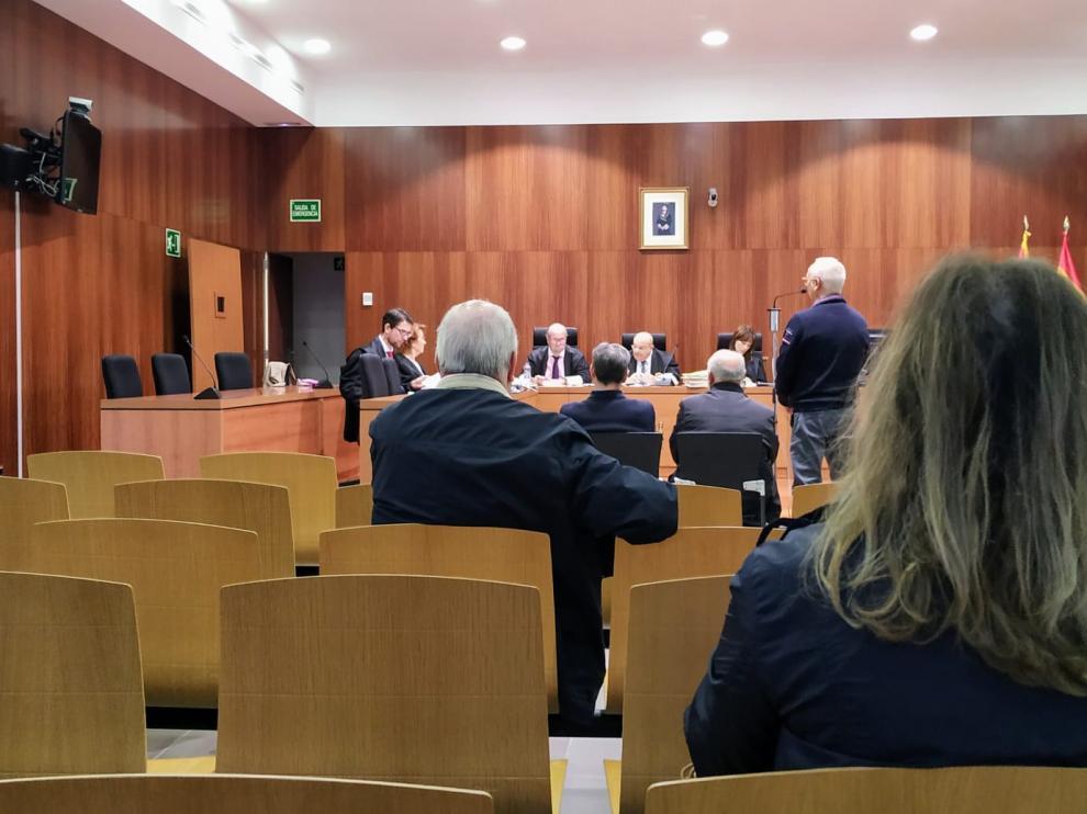 El juicio comenzó este lunes en la Audiencia de Zaragoza y continuará hoy.