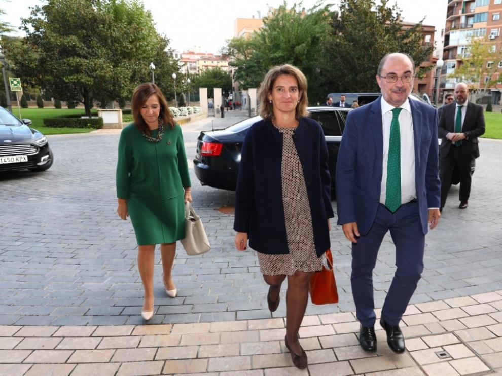 La ministra en funciones, Teresa Ribera, a su llegada a Zaragoza este lunes