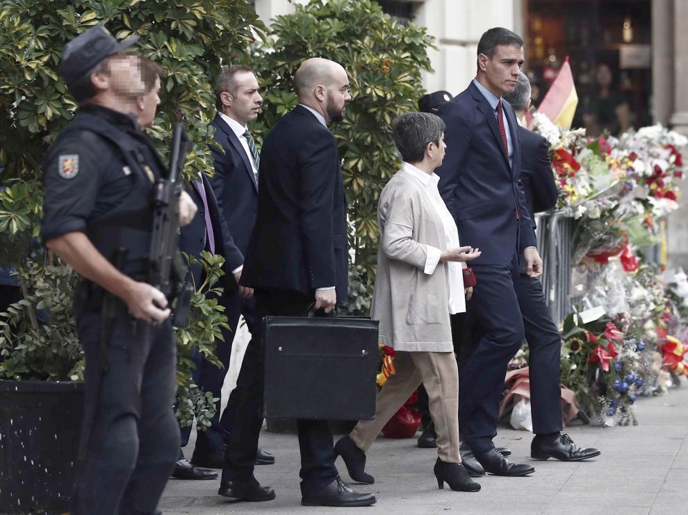 Sánchez, a su llegada a la Jefatura Superior de Policía de Barcelona