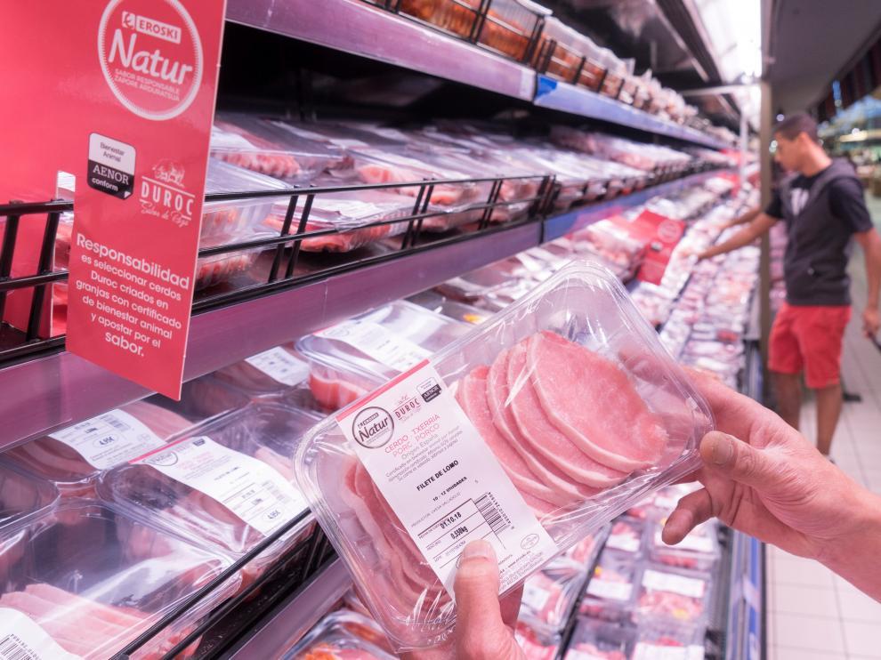 En 2018 Eroski incorporó la certificación en Bienestar Animal en su carne de cerdo y pollo de marca propia.