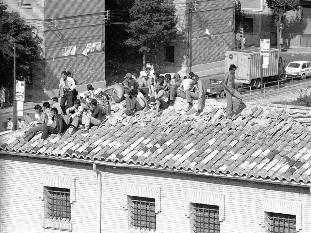 Foto de archivo del motín de los presos de Torrero el 30 de enero de 1978.