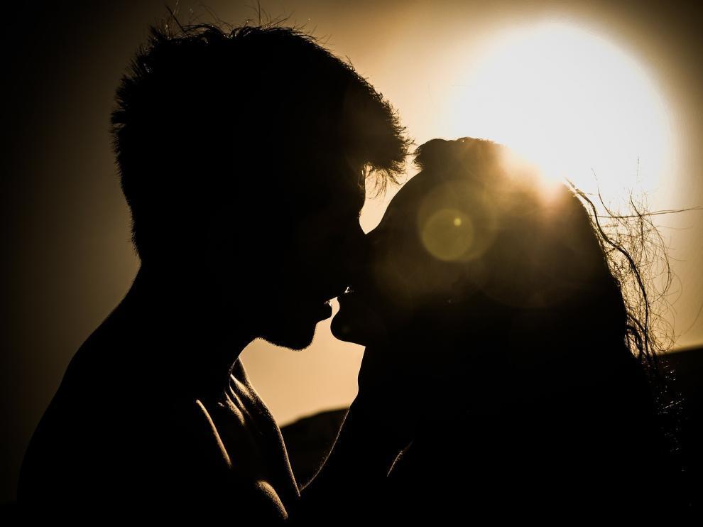 Cada pareja debe definir aquello que está permitido y no en la relación y qué conductas suponen o no una infidelidad.