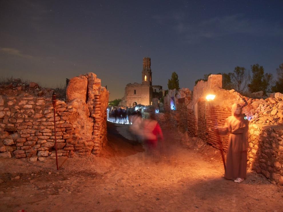 Noche de ánimas en Belchite