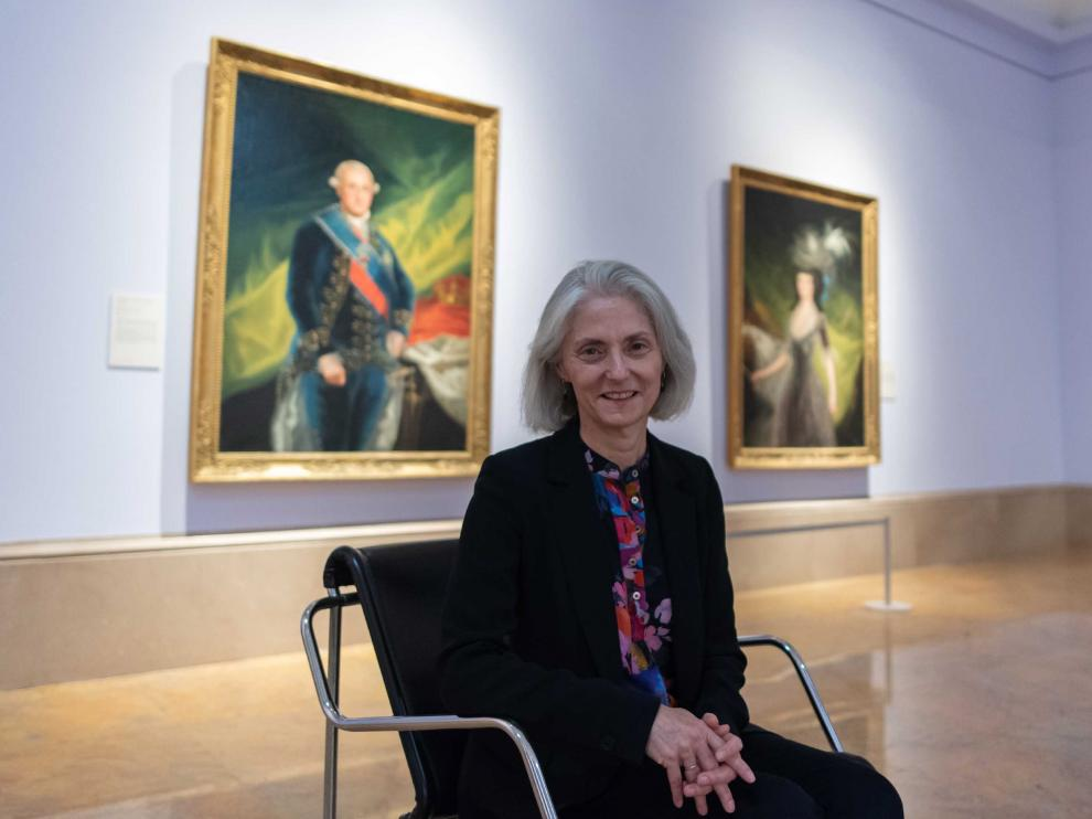 Janis Tomlinson, este viernes, en una de las salas dedicadas a Goya en el Museo de Zaragoza