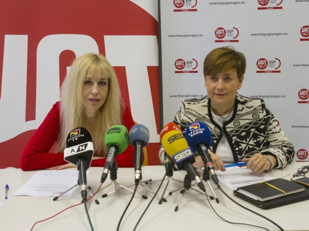 Angelica Marzo, de UGT, y Delia Lizana, de CC. OO. hoy en rueda de prensa en Zaragoza