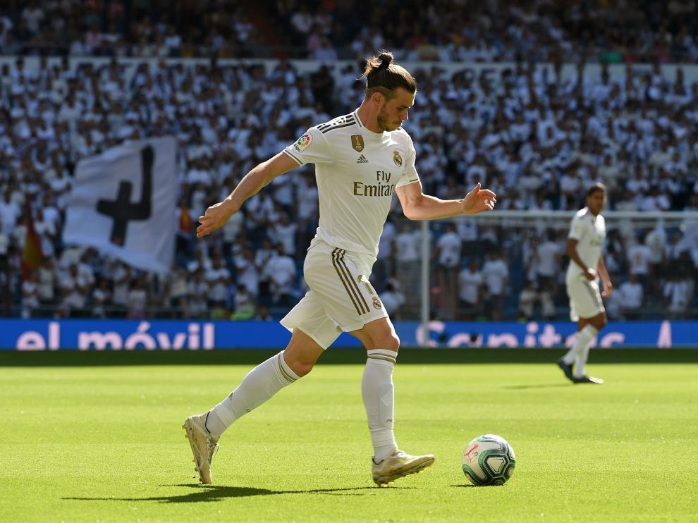 Gareth Bale en el partido de Liga ante el Granada en el Santiago Bernabéu.