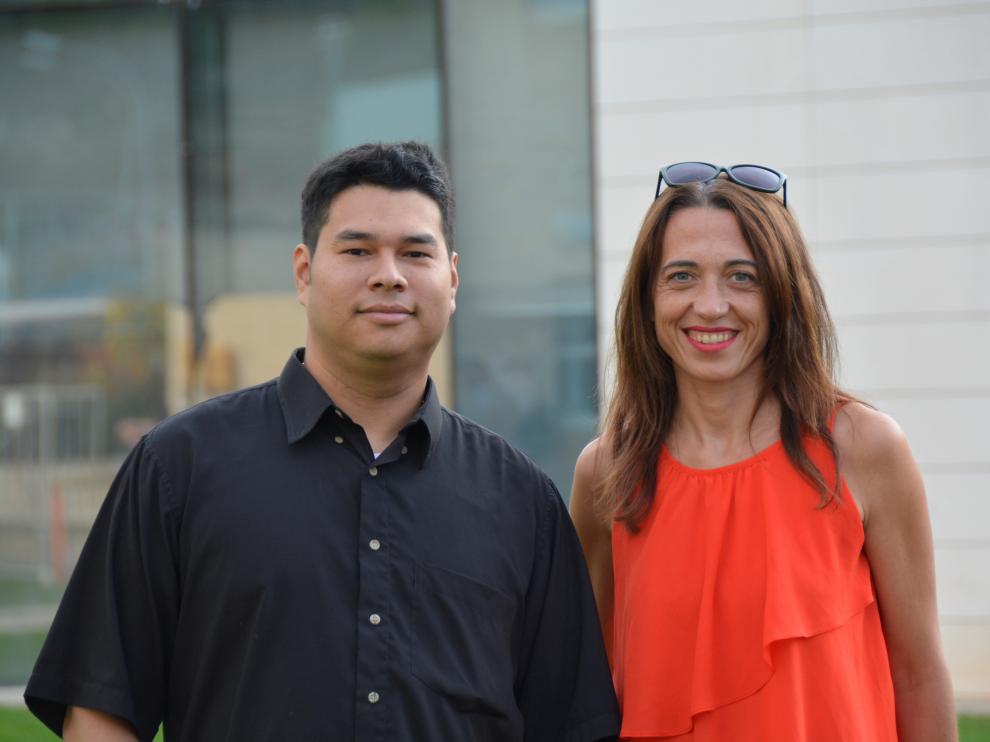 Raquel Lacuesta y Franks González-Landero, ingenieros informáticos de la Universidad de Zaragoza.
