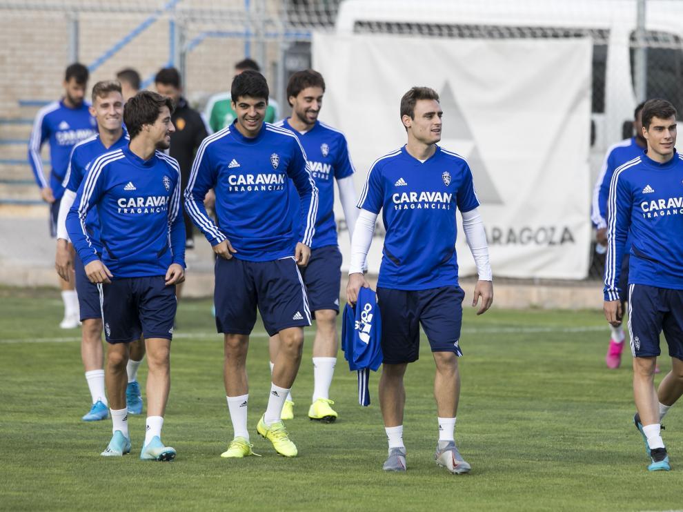 Dani Lasure junto a sus compañeros en un entrenamiento en la Ciudad Deportiva.
