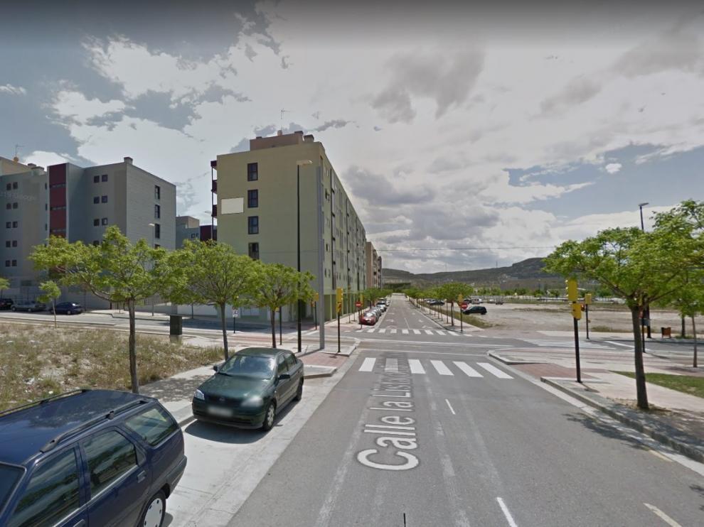 Uno de los detenidos por alcoholemias se vio implicado en un accidente de tráfico tras chocar con otro turismo en el barrio de Valdespartera.