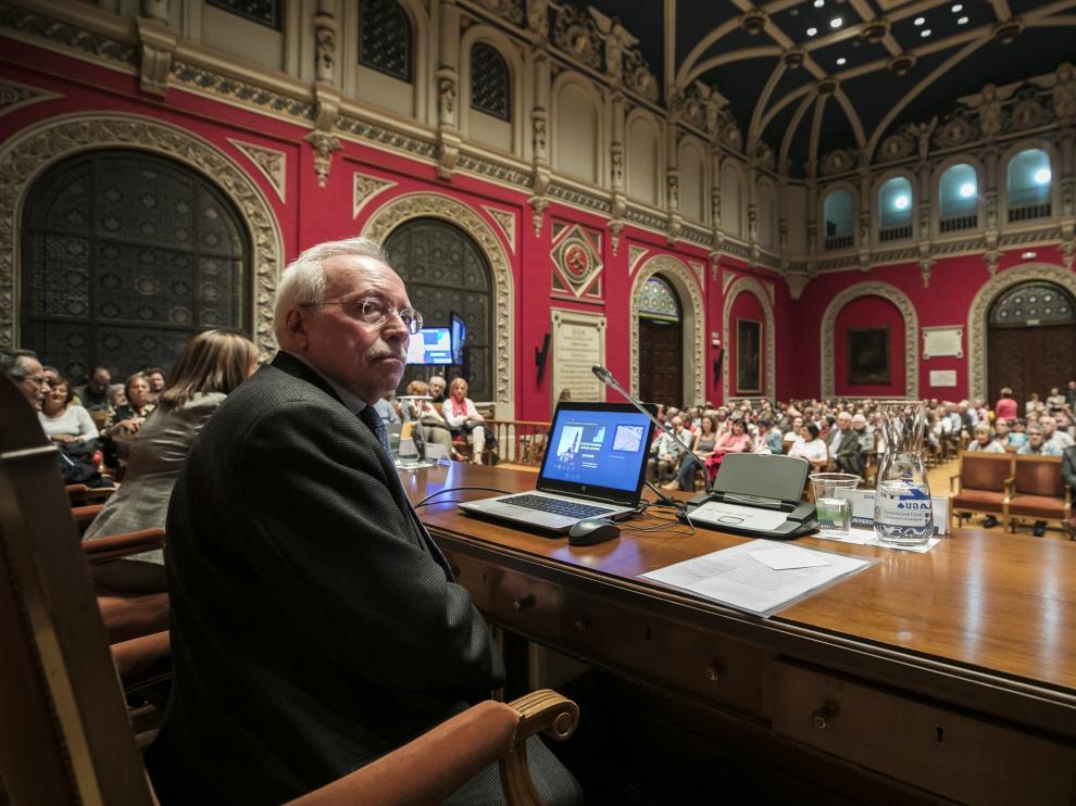 El catedrático de Historia Antigua de la Universidad de Zaragoza, en el Paraninfo