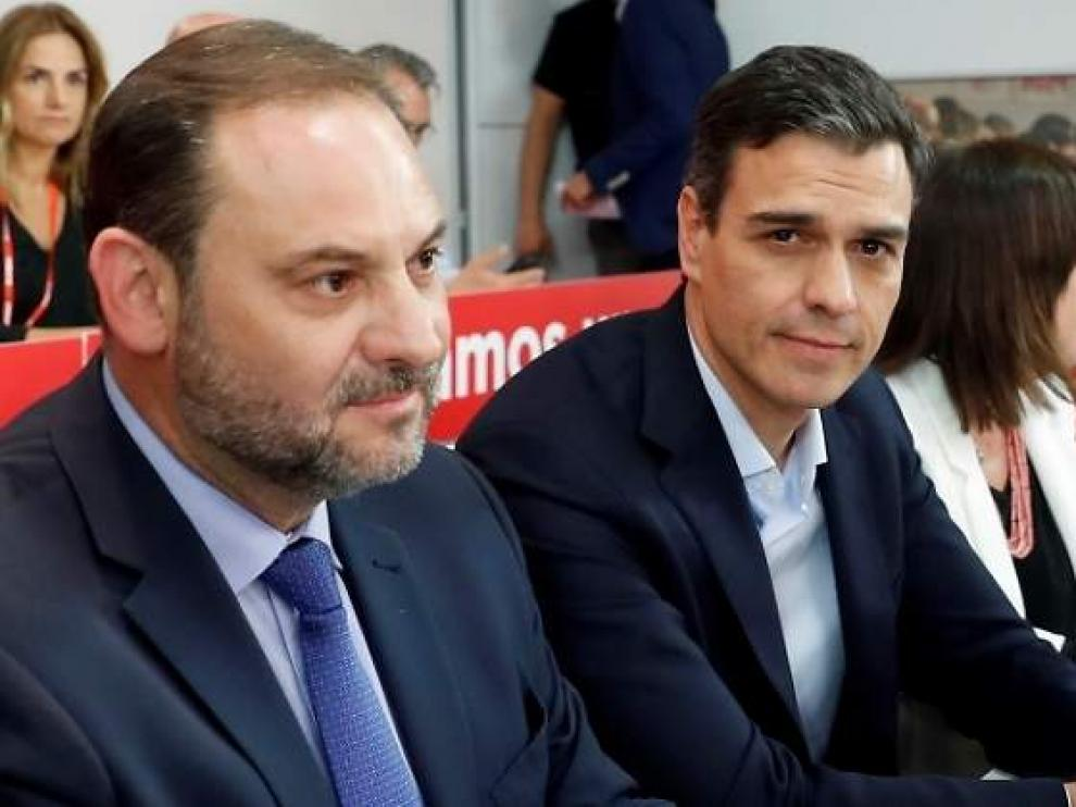 Ábalos y Sánchez en una imagen de archivo.