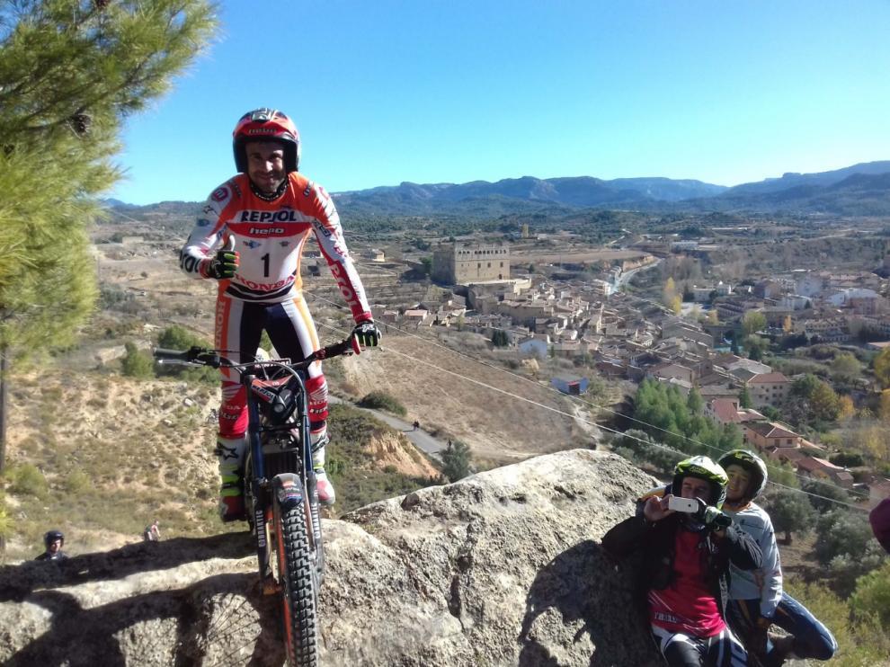 El multicampeón del mundo de trial, Toni Bou, en Valderrobres en el Campeonato de España de 2017