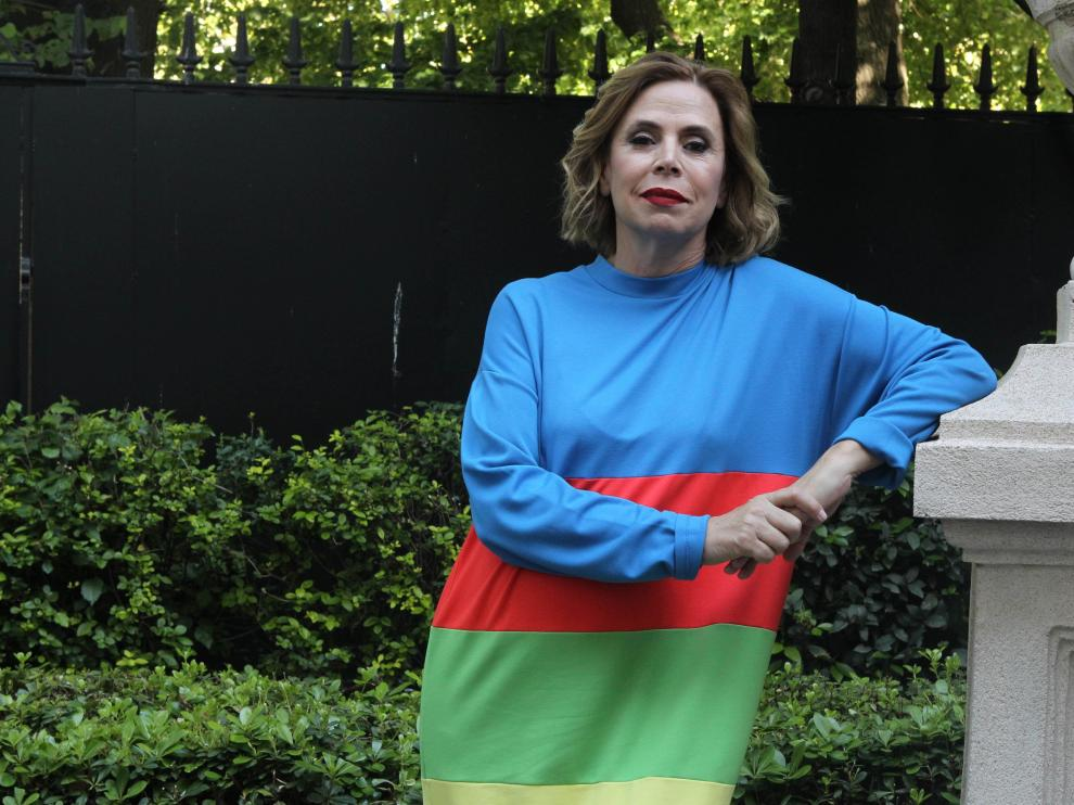 La diseñadora española Ágatha Ruiz de la Prada posa este martes, en Buenos Aires (Argentina)