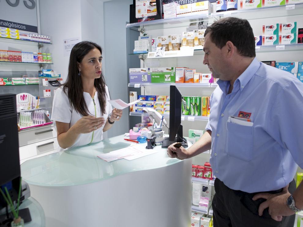El 48% de los pacientes, al finalizar o abandonar un tratamiento con antibióticos, guarda los restos de medicación en el botiquín de casa.