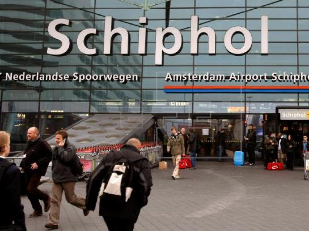 Imagen de archivo del aeropuerto Schiphol en Amsterdam (Holanda).