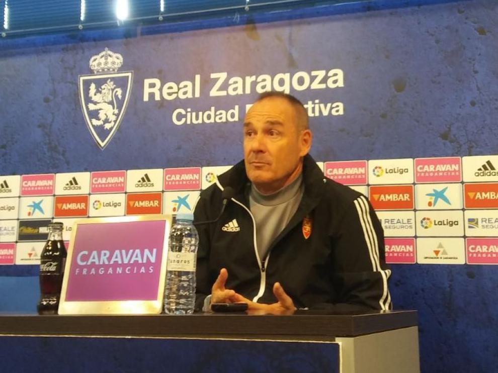 Víctor Fernández, durante la rueda de prensa de este viernes previa al partido de Almería.