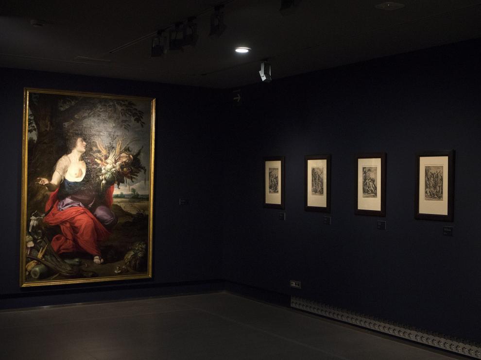 Una de las salas del Museo Goya, con pinturas como la 'Alegoría del verano', de Juan van der Hamen, y grabados flamencos.