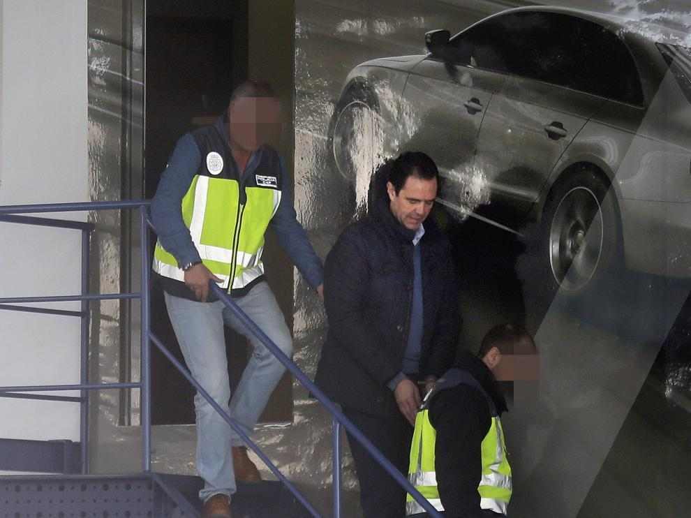 Miguel López, en el momento de ser detenido.
