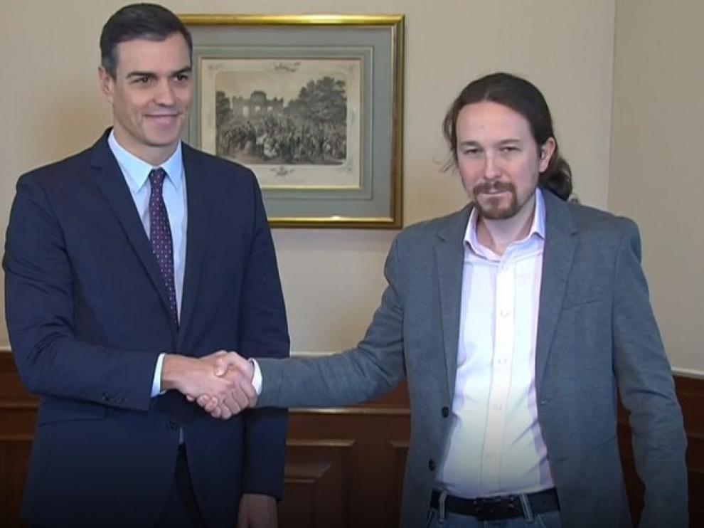 Firma del preacuerdo de Gobierno entre Sánchez e Iglesias.