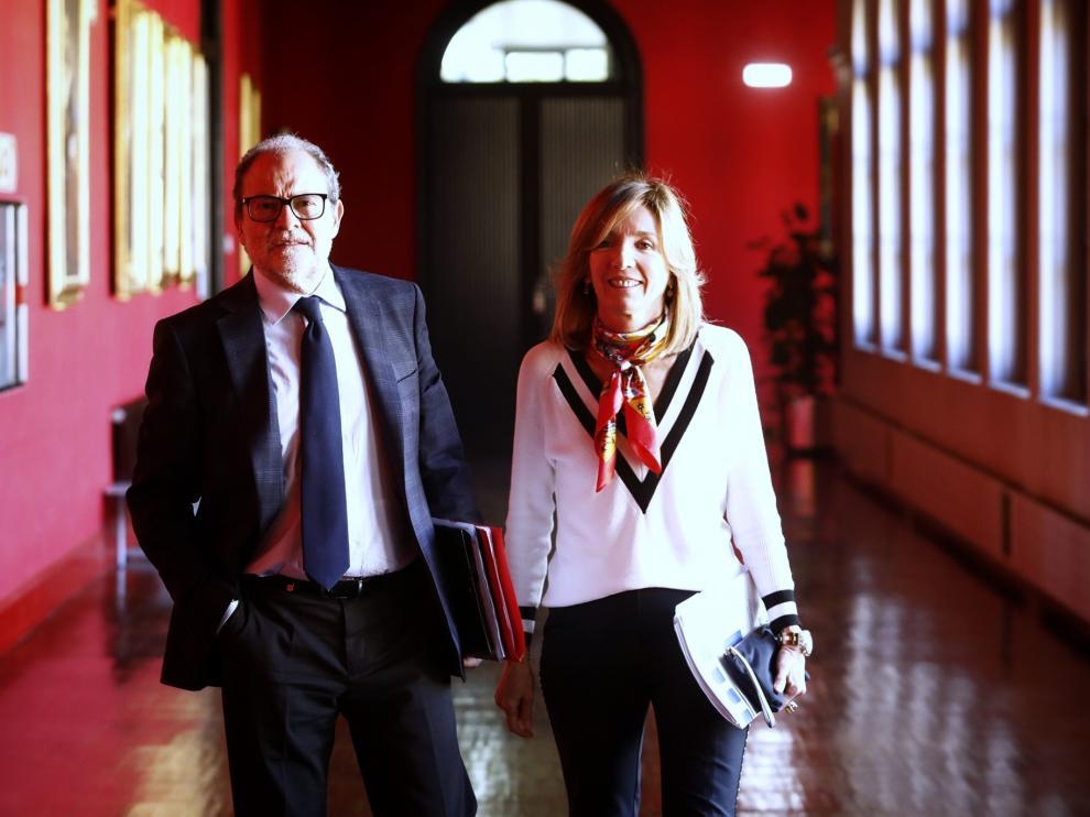 La Universidad de Zaragoza reduce a 50 sus departamentos.