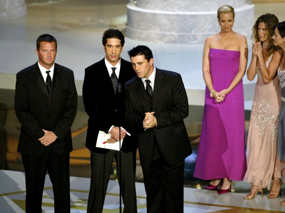 Foto de archivo de los protagonistas de la Serie: Jennifer Aniston (Rachel), Courteney Cox (Monica), Lisa Kudrow (Phoebe), Matt LeBlanc (Joey), Matthew Perry (Chandler) y David Schwimmer (Ross).