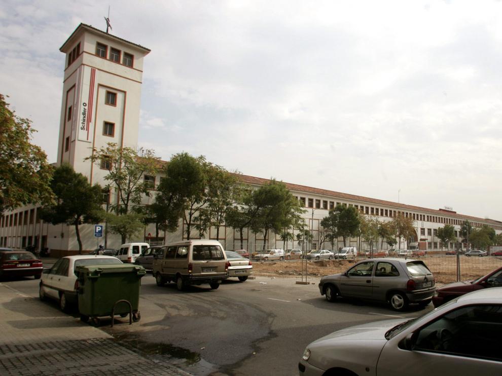 Imagen de 2004 de la fábrica Giesa (ya entonces Schindler), cuando aún estaba operativa.