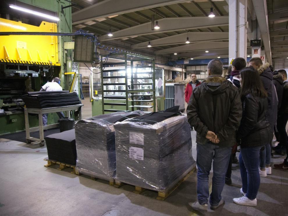Jornada de puertas abiertas este viernes en la planta de producción de Elmeg en Calatayud.